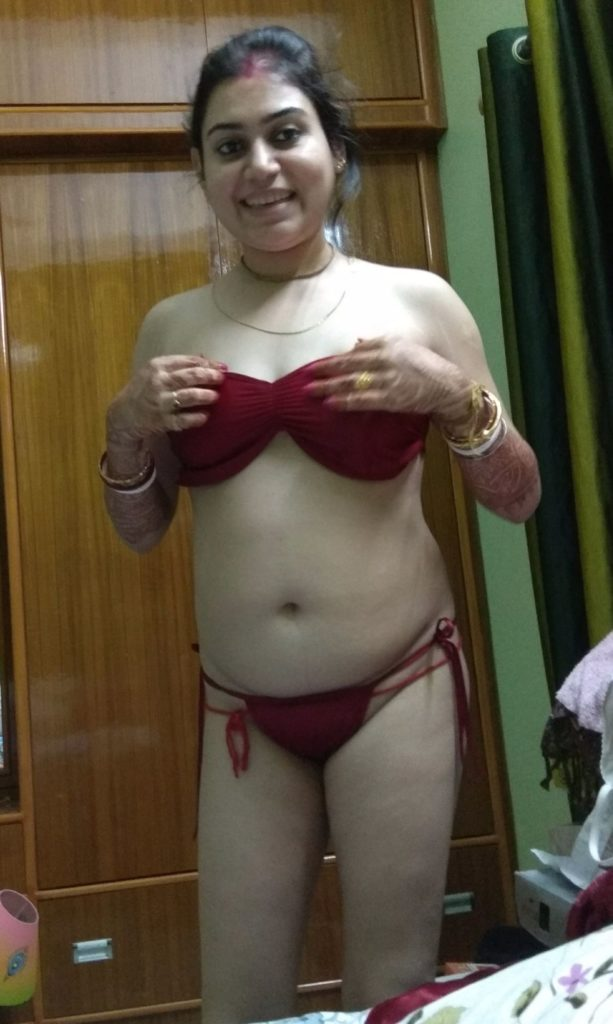 Nude pics of hot nd just married girl